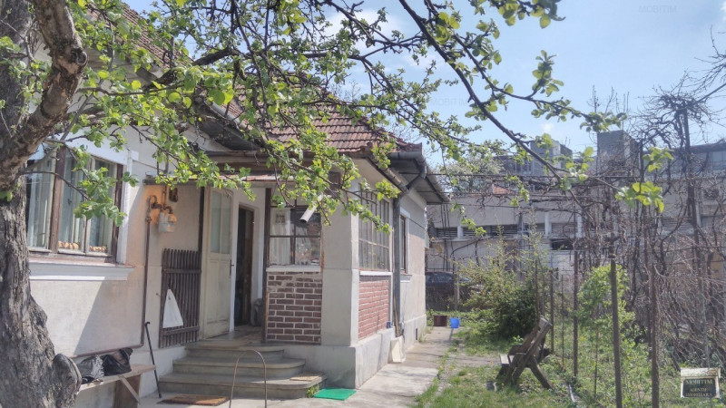 MOBITIM vinde Casa 3 camere, zona Republicii - Cluj-Napoca