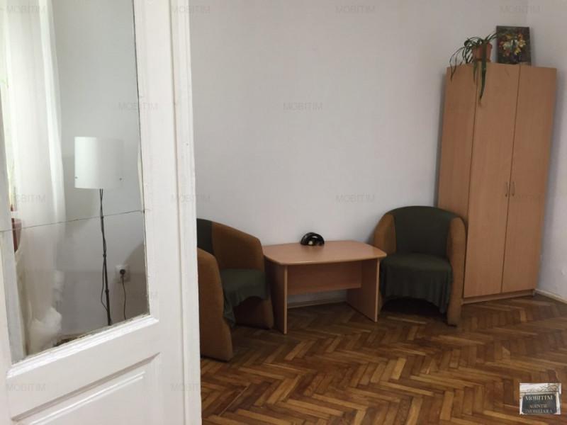 Spatiu pretabil birou Centru