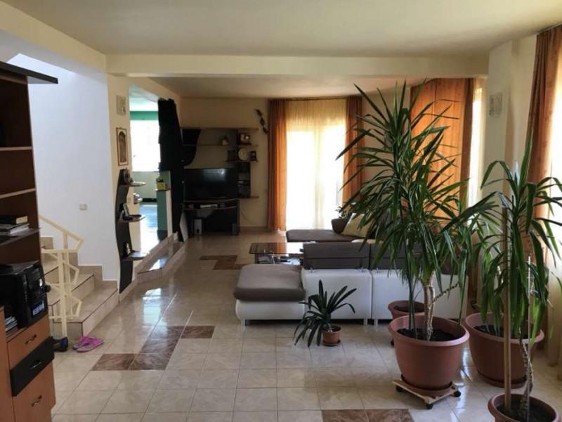 MOBITIM  propune  Vila de vanzare in Gheorgheni, finisata modern, Cluj-Napoca,