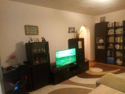MOBITIM  vinde Apartament 2 camere in zona Hotel Royal in Gheorgheni