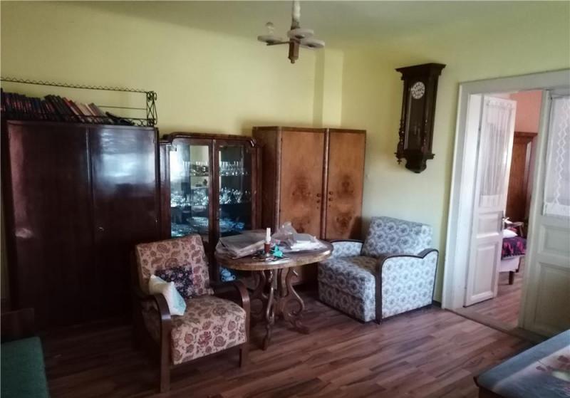 Mobitim vinde apartament in vila, zona Hasdeu, Cluj-Napoca