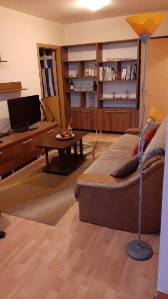 Mobitim vinde apartament 2 camere Dorobantilor