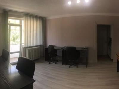 Mobitim vinde  ap. 2 camere, ultracentral, Cluj-Napoca,