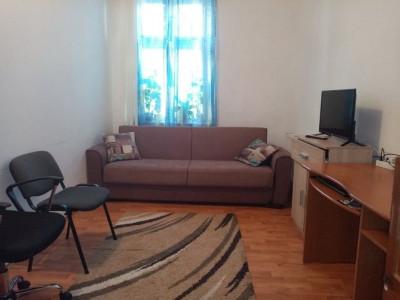 Mobitim vinde apartament in centru, zona  Regele Ferdinand