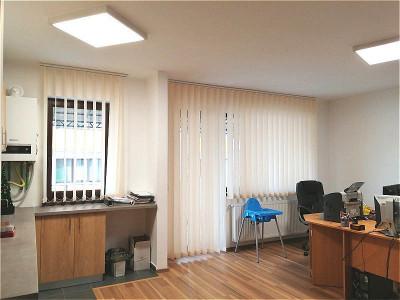 Mobitim vinde apartament 3 camere finisat, zona Sub Cetate, Floresti