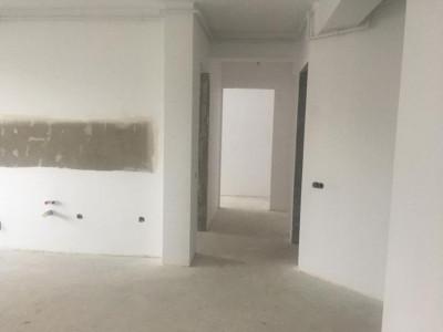 Mobitim vinde apartament 4 camere, decomandat, superb, zona Sub Cetate