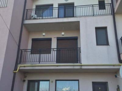 Apartament 3 camere de inchiriat Baia Mare str Victoriei