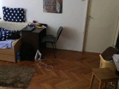 Apartament cu 2 camere in zona Mercur