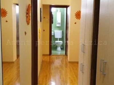 Apartament 4 camere in zona Calea Floresti