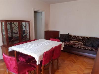Apartament 2 camere in zona Mercur