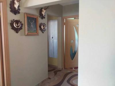 Apartament 3 camere in zona P-ta Marasti