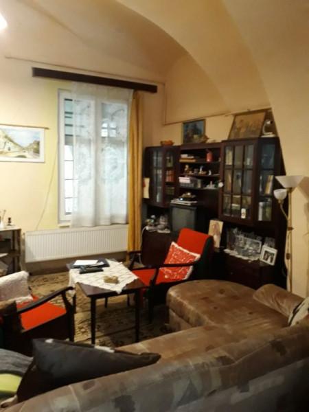 Mobitim  vinde apartament  in  Centru