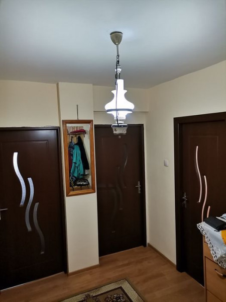 Apartament 2 camere in zona Interservisan