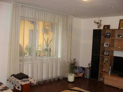 Mobitim vinde apartament in curte interioara central, Cluj- Napoca
