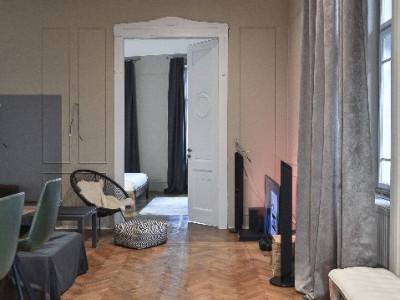 Mobitim vinde apartament  3 camere in cladire interbelica, Cluj-Napoca