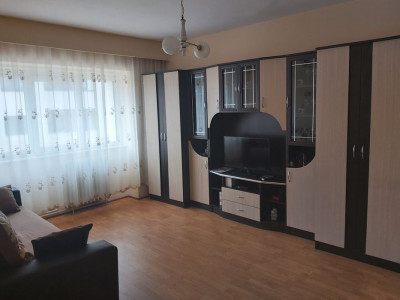 Apartament 3 camere in zona Expo