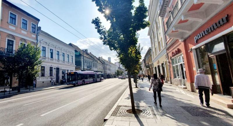 Mobitim vinde   spatiu birou 1 camera in Centru  Memorandumului