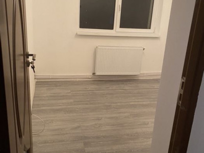 Apartament 2 camere in zona Peana
