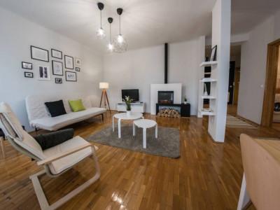 Mobitim vinde apartament 3 camere, ultrafinisat, zona Parcul Central