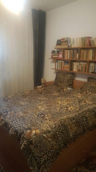 Apartament 3 camere in zona Siretului
