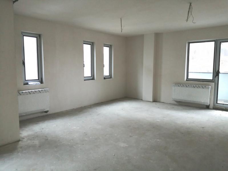 Apartament 2 camere, 62mp+ 5.7mp balcon, zona Sub Cetate