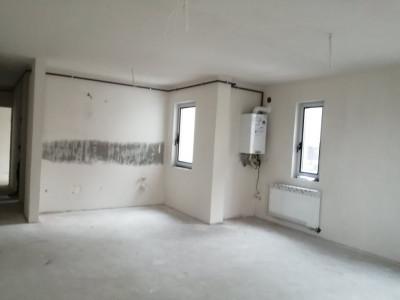 Apartament 2 camere, finisat, 62mp+ 5.7mp balcon, zona Sub Cetate