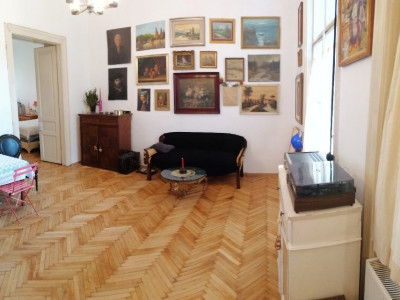 Apartament 2 camere in Centru, cladire istorica
