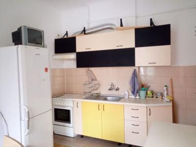 Apartament 1 camera, in Centru