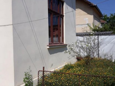 Casa 2 camere, constructie solida, zona Maramuresului
