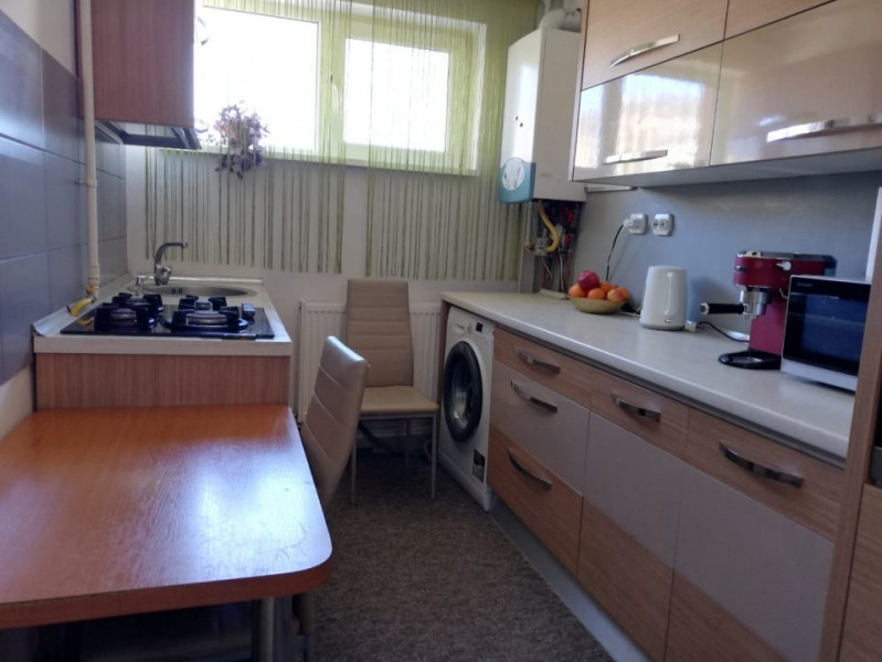 Apartament 2 camere in zona Casa Radio