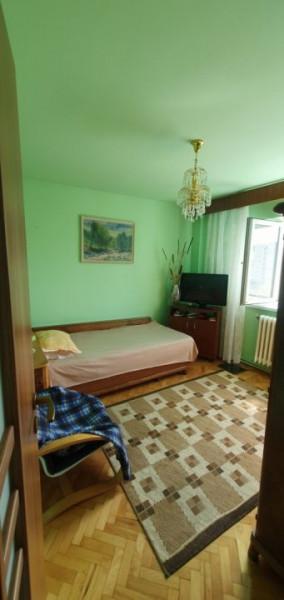 Apartament cu 2 camere in zona Calea Floresti