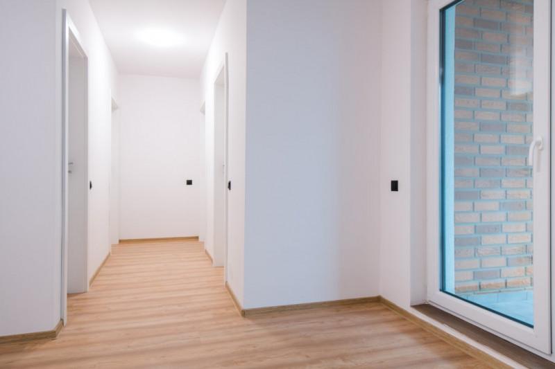 Apartament 3  camere cu garaj  zona Grand Hotel Italia